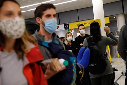 Попавшим «в ловушку» из-за коронавируса россиянам за границей дали совет