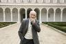 Итальянский архитектор Витторио Греготти умер из-за пневмонии, развившейся в результате заражения коронавирусом. Он стал первым известным итальянцем, погибшим от вспышки COVID-19 в стране. Ему было 92 года. Греготти считается одним из отцов итальянской архитектуры, среди наиболее известных его работ — культурный центр «Белем» в Лиссабоне, кампус Университета Калабрии, театр «Арчимбольди» в Милане и квартал Дзен в Палермо.