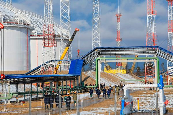 Путин подписал закон о налоговых льготах в Арктике
