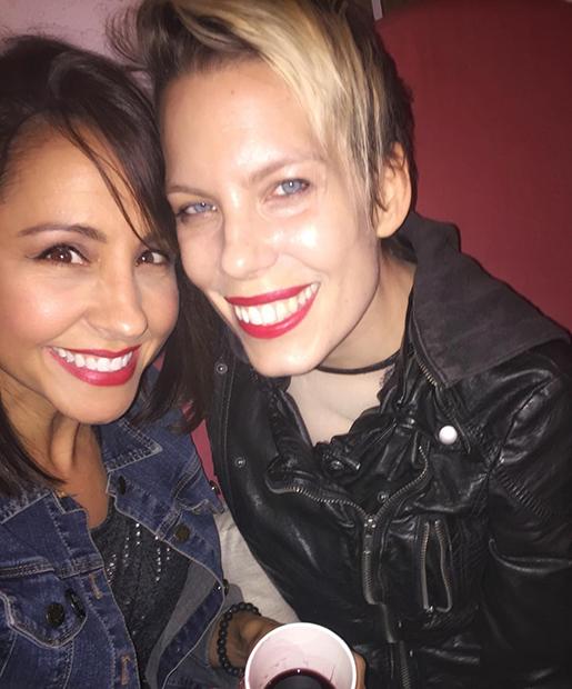 Молли (справа) и ее подруга Никки Бойер