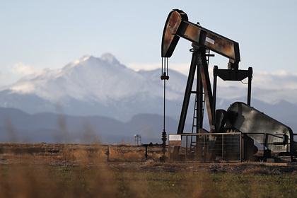 Цены на нефть опустились до 27 долларов