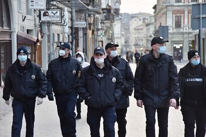 Власти Украины предупредили о 600 тысячах жертв от коронавируса