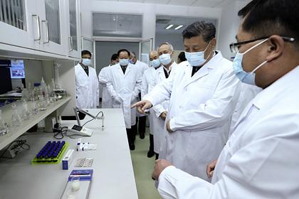 Китайскую вакцину от коронавируса испытали на добровольцах из Уханя