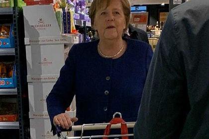 В Германии восхитились пришедшей в супермаркет Меркель