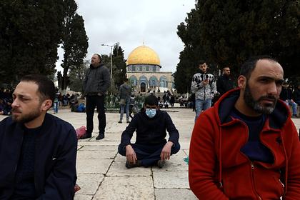 Экстремисты захотели заразить полицию и евреев коронавирусом