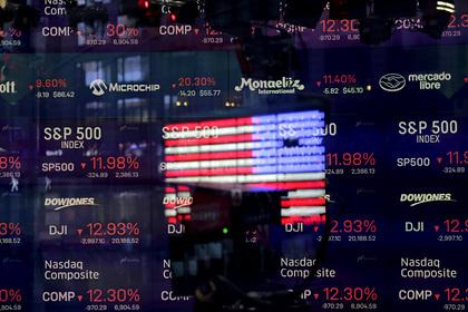Американский рынок акций растерял весь набранный при Трампе рост