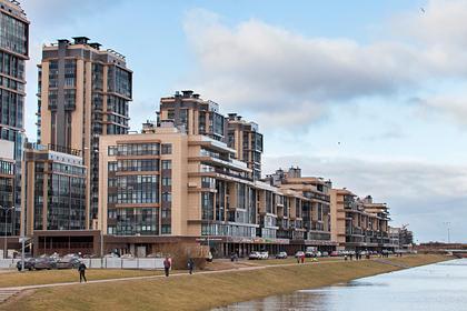 Богатые россияне сделали выбор между деньгами и недвижимостью