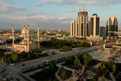 Чечня первой в России закрыла рестораны и кафе из-за коронавируса