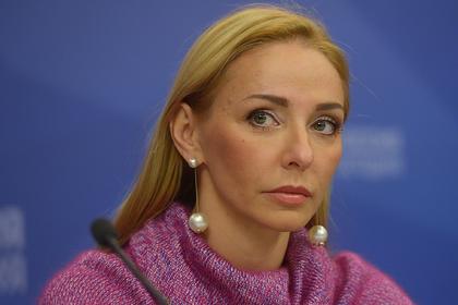 Навка сравнила ситуацию с коронавирусом в России и США