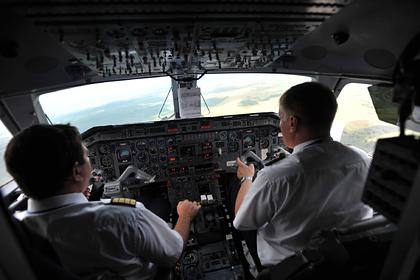 Российских пилотов пытались ослепить лазером во время посадки самолета