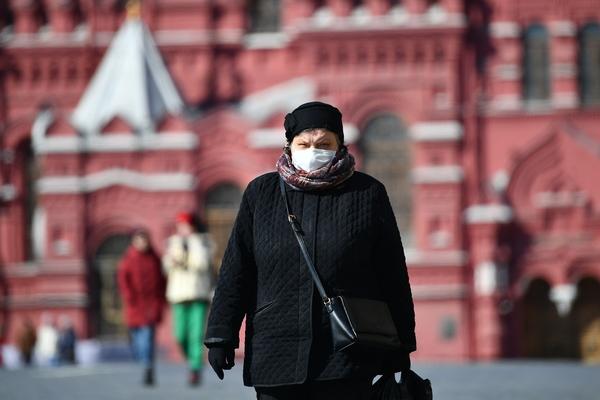 Роскомнадзор потребовал удалить фейки о комендантском часе в Москве