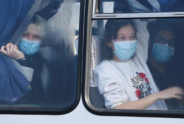 Граждане Украины, эвакуированные из Китая в феврале