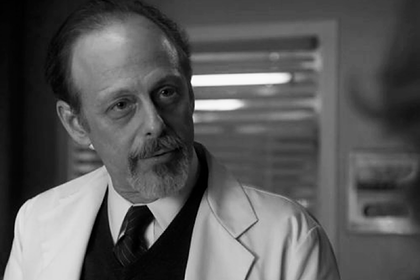 "Актер из сериала ""Клан Сопрано"" умер из-за коронавируса"