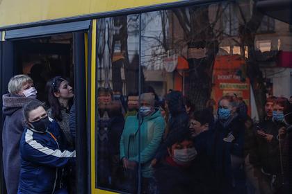 На Украине заявили о превышающем официальные данные в 10 раз числе зараженных
