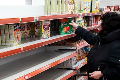 Россияне устроили ажиотаж на продукты