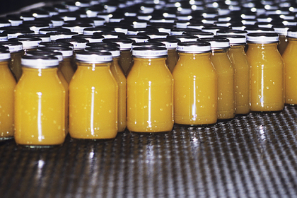Пандемия коронавируса взвинтила цены на апельсиновый сок
