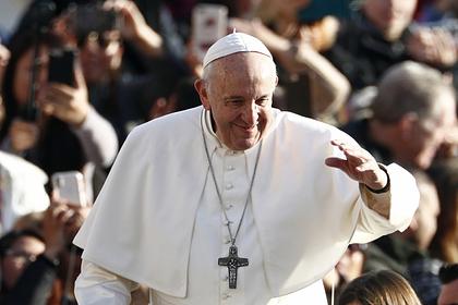 Папа Римский помолился о завершении коронавируса