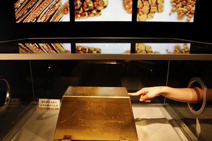 В США раскупили почти все золото