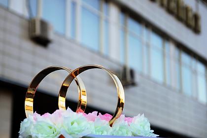 В Москве назвали разрешенное число гостей на свадьбе