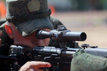 Российские снайперы научились сбивать вертолеты из засады
