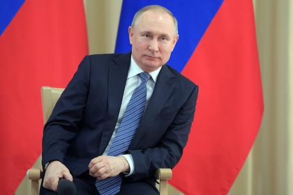 Путин поручил подготовить поправки о кредитных каникулах россиян