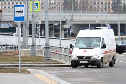 В Москве за два часа поймали вышедшего погулять зараженного коронавирусом
