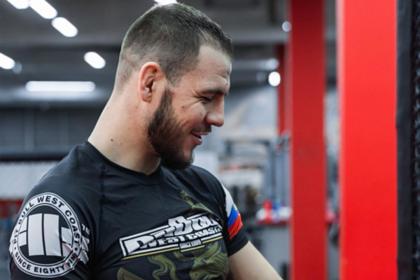 Собиравшийся получить российский паспорт боец UFC поедет на Украину ради выгоды