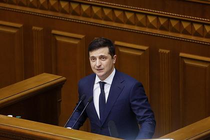 Зеленский предупредил о грозящем Украине дефолте