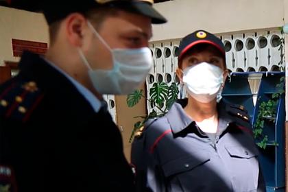 Россиянин нарушил карантин и заразил коронавирусом врача
