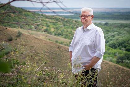 Украинского кавээнщика отстранили от работы по Донбассу