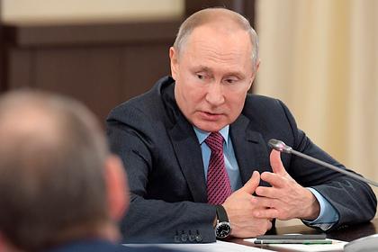 Путин дал новые поручения в связи с коронавирусом