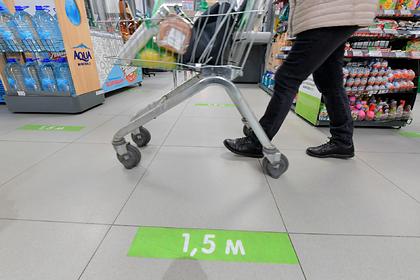Путин рассказал россиянам о новых правилах посещения магазинов и аптек