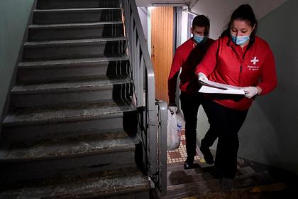 Волонтеры начали помогать россиянам по всей стране из-за карантина