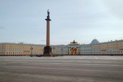 В Петербурге ввели режим полной изоляции