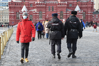 Полиция сопроводит до дома нарушивших карантин россиян