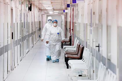 Назван возраст большинства заразившихся коронавирусом в Москве
