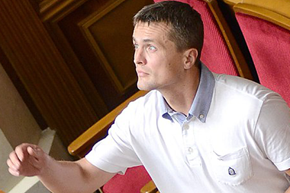 Бывший украинский депутат остался без штанов