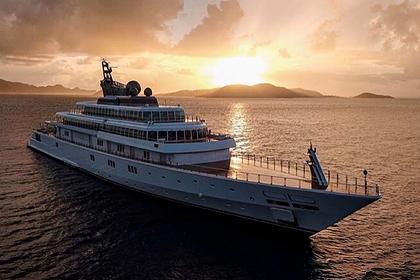 77-летний миллиардер похвастался самоизоляцией на роскошной яхте и был обруган