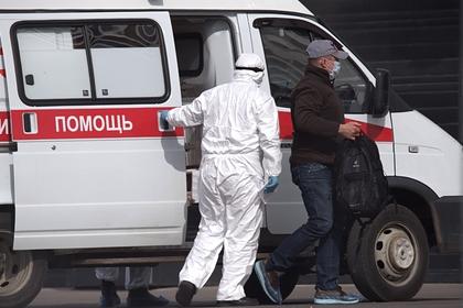 Врачи не нашли нужного им россиянина и проверили на коронавирус его однофамильца