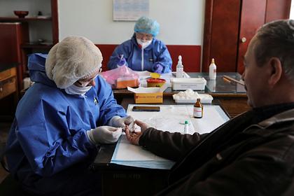 Число зараженных коронавирусом на Украине приблизилось к 700