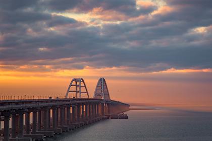 К Крымскому мосту построят новую трассу