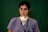 Фотографы агентства Associated Press успели сделать эти кадры во время редких и коротких перерывов в рабочем дне медицинских работников.