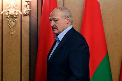 Лукашенко отложил парад Победы в Минске ради Москвы
