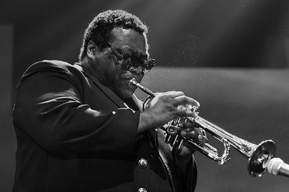 Звезда джаза и обладатель «Грэмми» Уоллес Рони умер от коронавирса