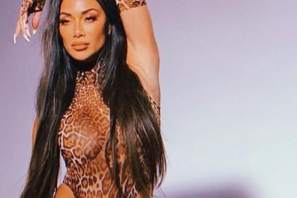 Популярная певица выложила фото в прозрачном леопардовом наряде