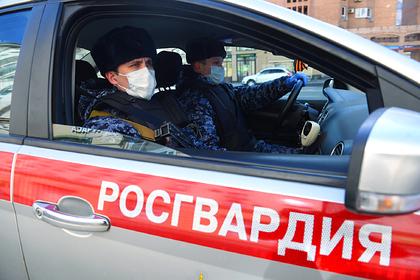 Путин ввел штрафы и сроки за нарушение карантина