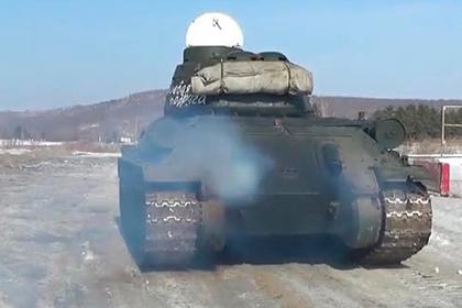 Испытание советской «Боевой подруги» на трассе попало на видео