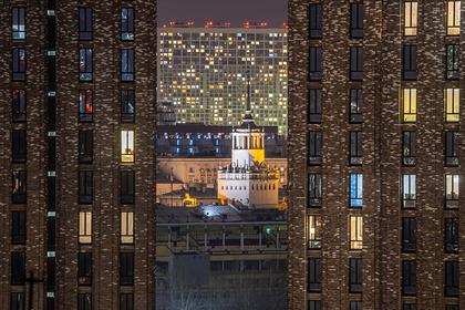 Определен популярный в кризис тип московского жилья