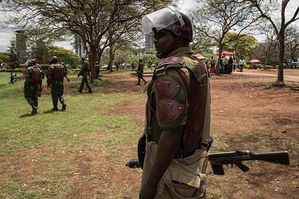 Полиция Кении застрелила 13-летнего подростка за нарушение карантина