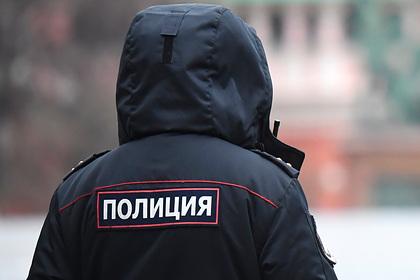 Российского писателя нашли в квартире мертвым с обмотанной одеялом головой